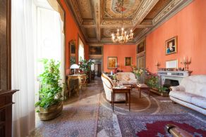 Noble apartment for sale in Umbria, Spoleto