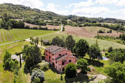 Farmhouse for sale in Umbria, Montone