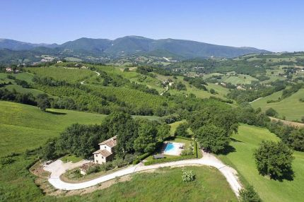 Villa with garden for sale in Le Marche