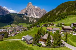 Chalet for sale in Corvara in Badia