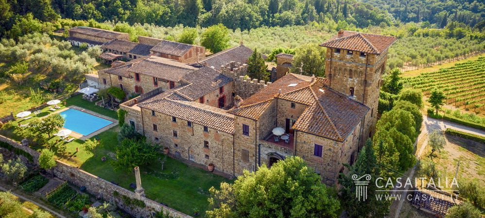 Medieval castle for sale in Tuscany, Casaitalia International