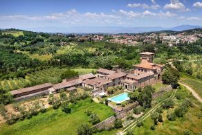 Castle with olive grove and vineyard for sale in Chianti area, Tuscany