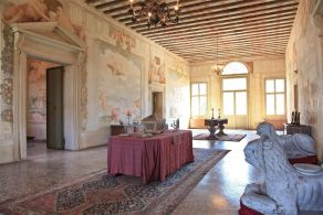 Between Padua and Venice - Villa precious sale